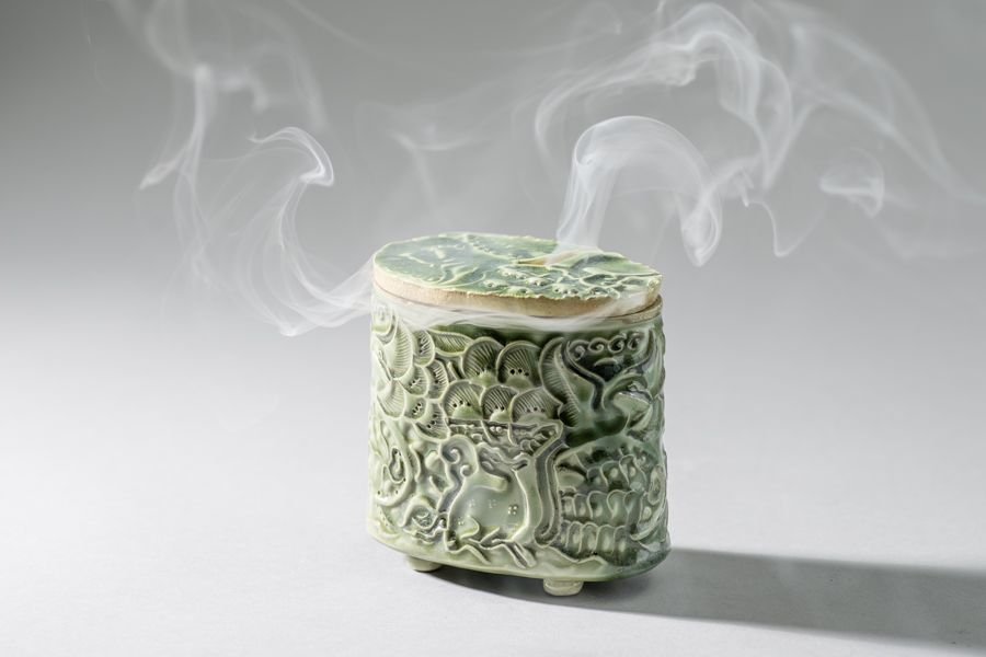 Incense Burner I (in action)